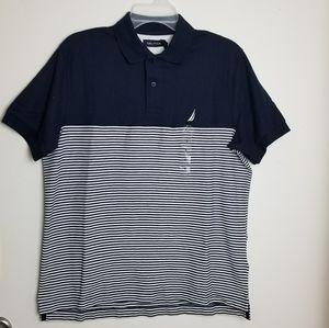 Nautica navy blue t-shirt size S